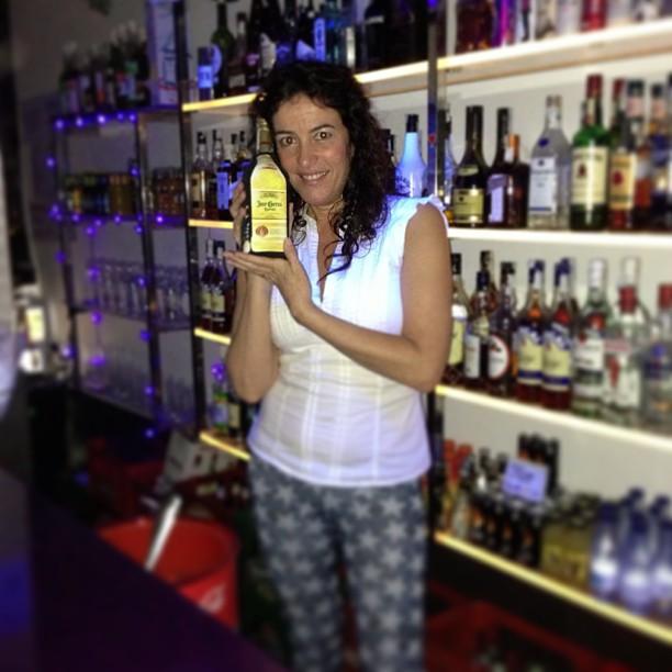 El tequila siempre frío, con su fundita #instagram