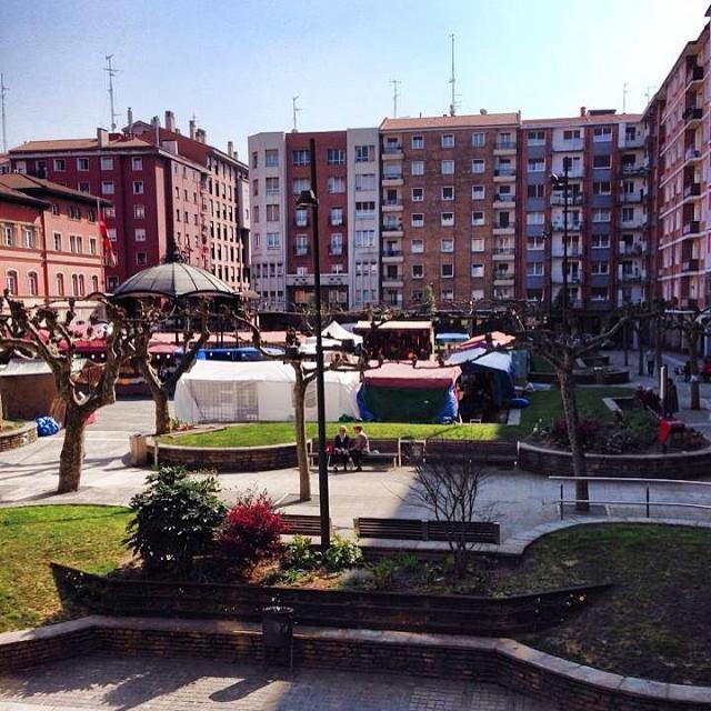 94055202ab8111e3927d12fd8d397d26_8 Mercado solidario Cruz Roja en Erandio #igerseuskadi #instagram