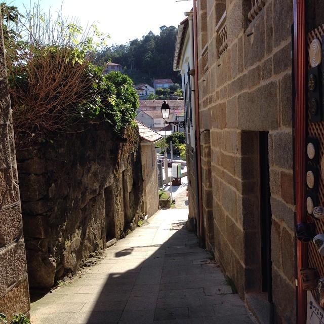 Calles estrechas #Combarro #galicia #instagram