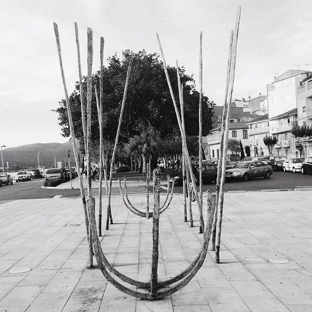Escultura de barca #rianxo #riasbaixas #galicia #instagram