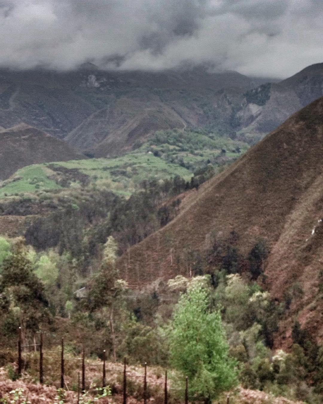 Montañas profundas - Montañas Profundas